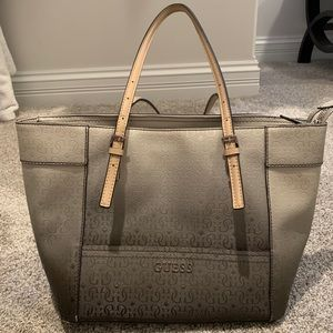 Women's Guess purse
